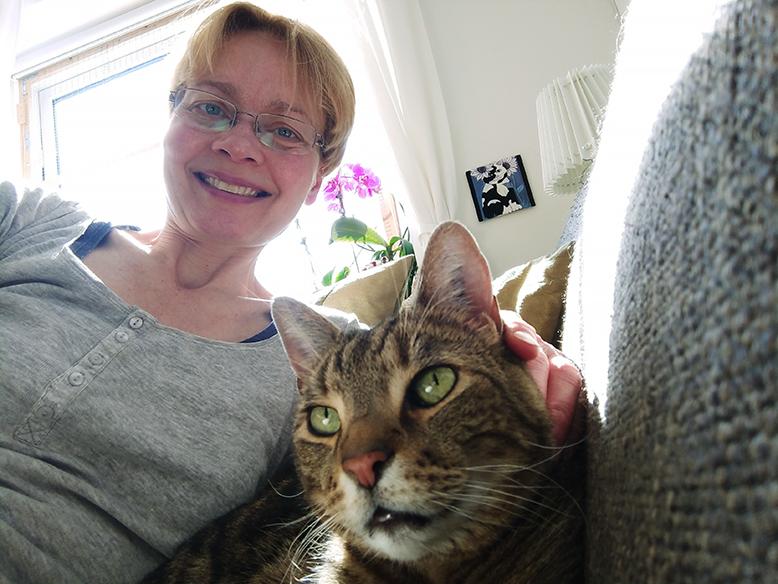 Ayoe Hoff - Eksamineret Adfærdskonsulent for katte